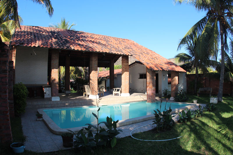 Beach houses and properties for rent and for sale in el for Home design el salvador