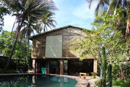 hotel qi-x surf house